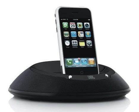 amazon angebot jbl on stage iiip lautsprecher dock f r iphone und ipod belkin tastatur f r. Black Bedroom Furniture Sets. Home Design Ideas