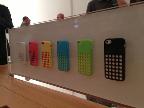 iphone5c_cases_hands_on