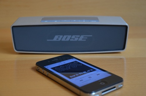 test bose soundlink mini kann berzeugen macerkopf. Black Bedroom Furniture Sets. Home Design Ideas