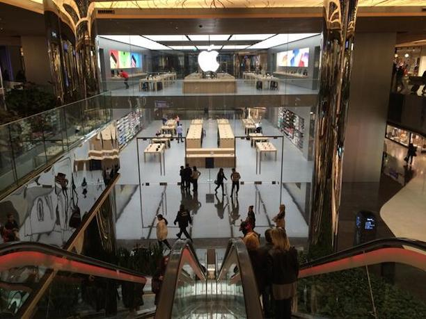 apple_store_istanbul4