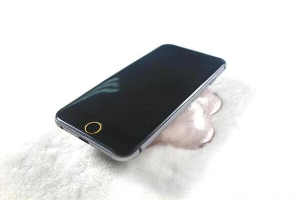 iphone6_dummy_spacegrau2