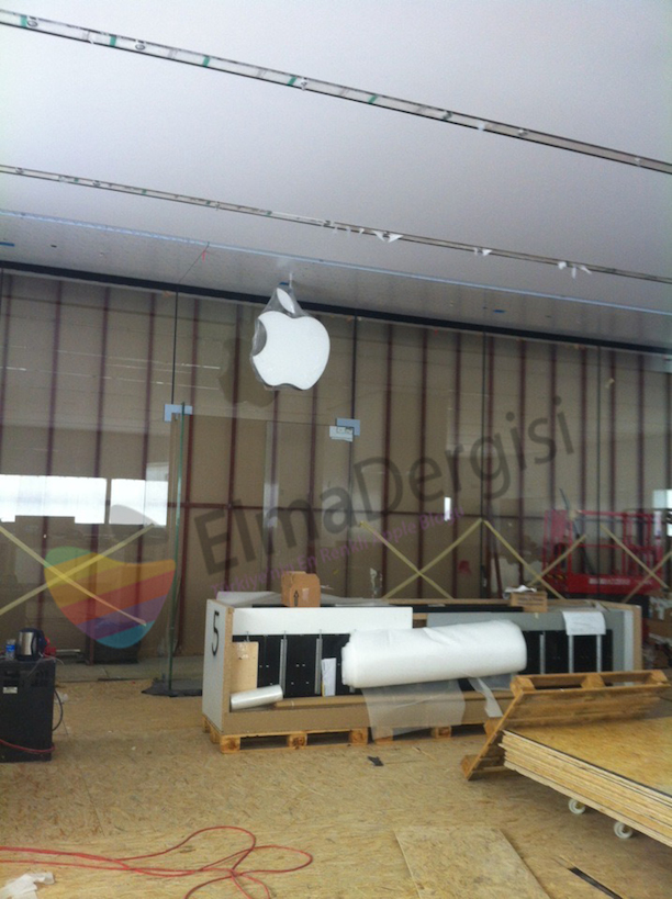 zweiter apple store in istanbul arbeiten sind im vollen. Black Bedroom Furniture Sets. Home Design Ideas