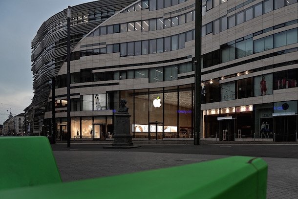 Earth Day At Apple Store Duesseldorf