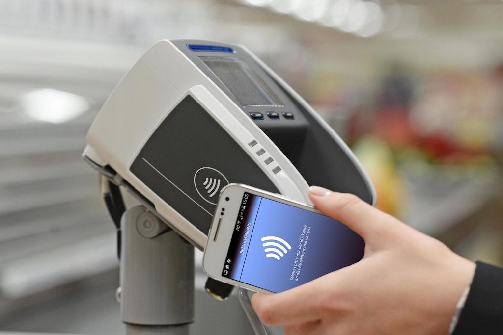 ALDI SÜD_Kontaktlose Zahlung_Zahlungsterminal