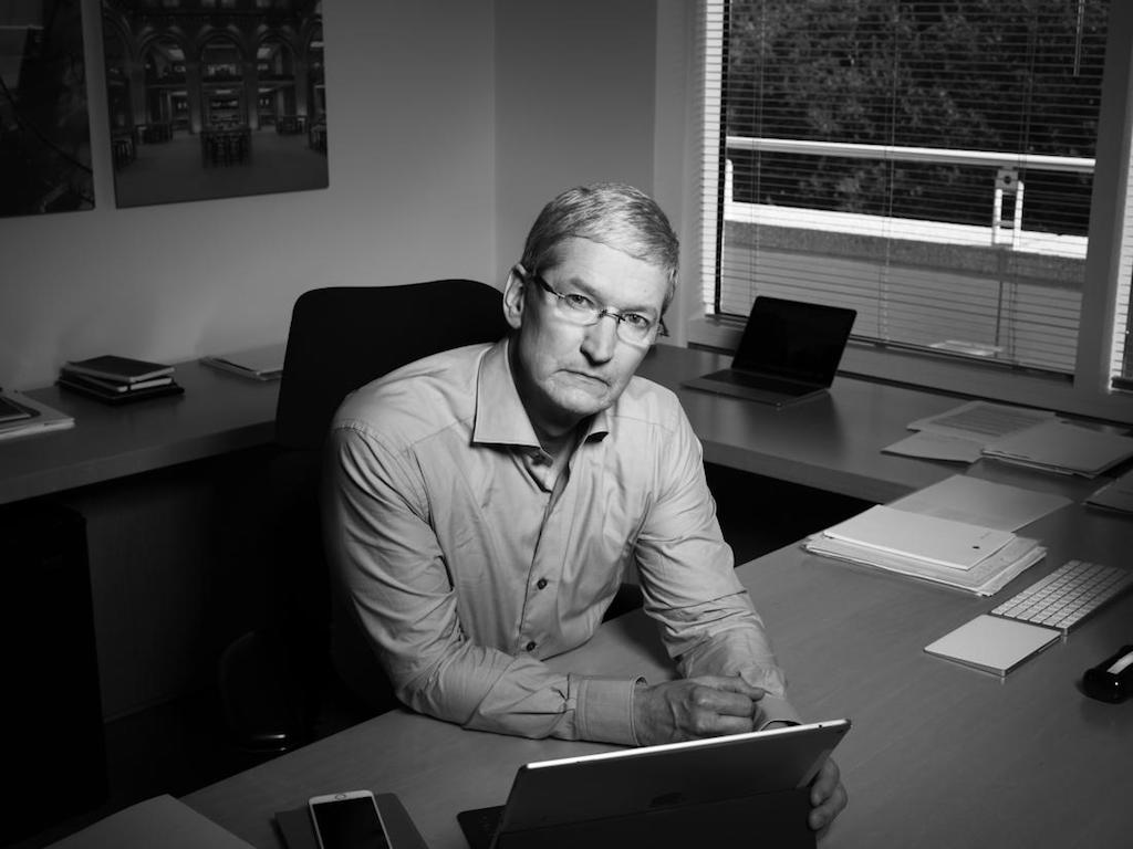 time_tim_cook_2016
