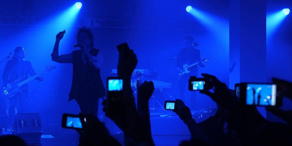 blue-gig-phones