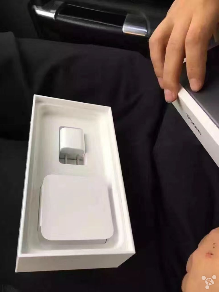 Iphone  Negro Mate Caja