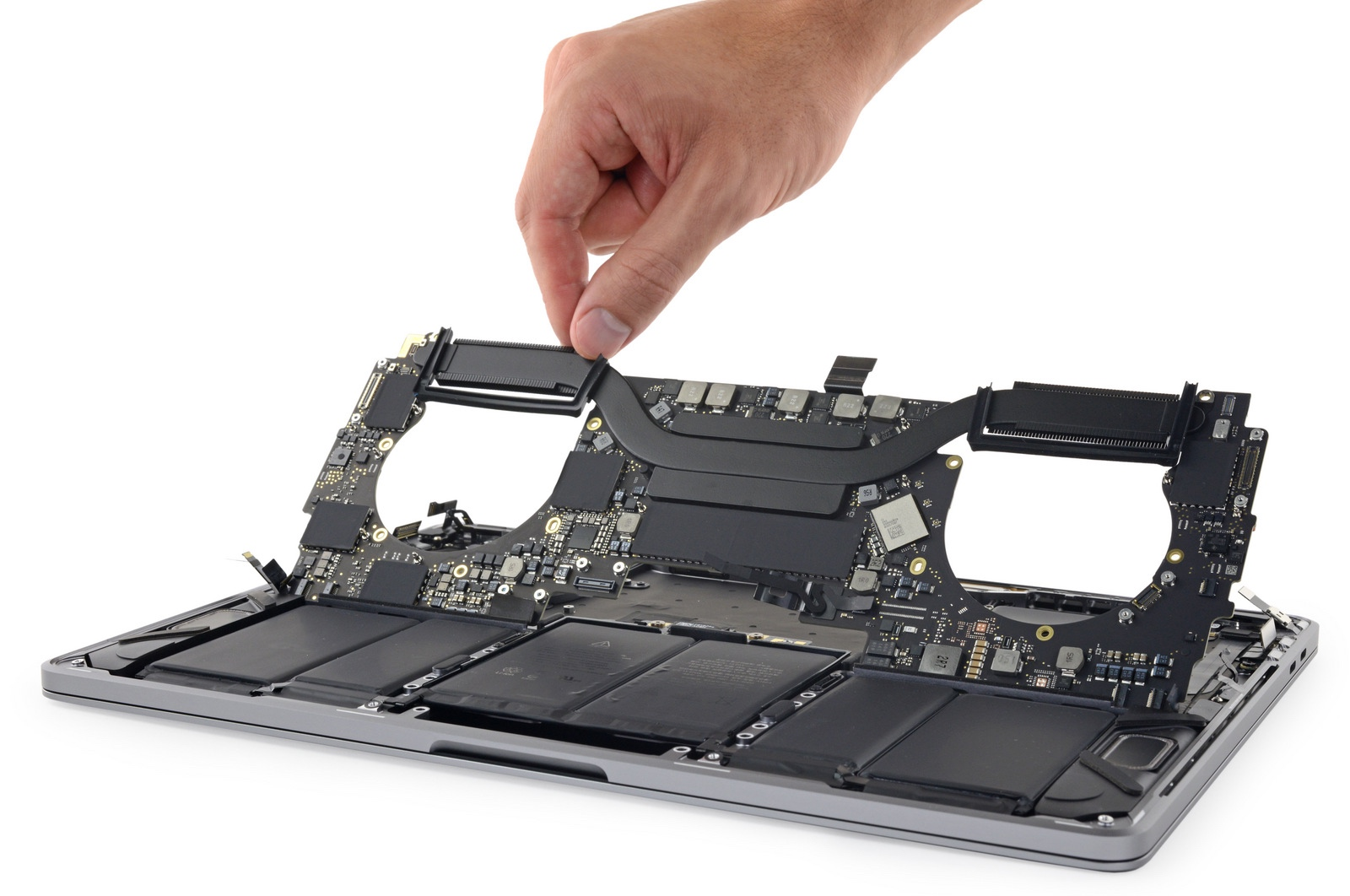macbook pro 2018 teardown zeigt gr eren akku neu. Black Bedroom Furniture Sets. Home Design Ideas