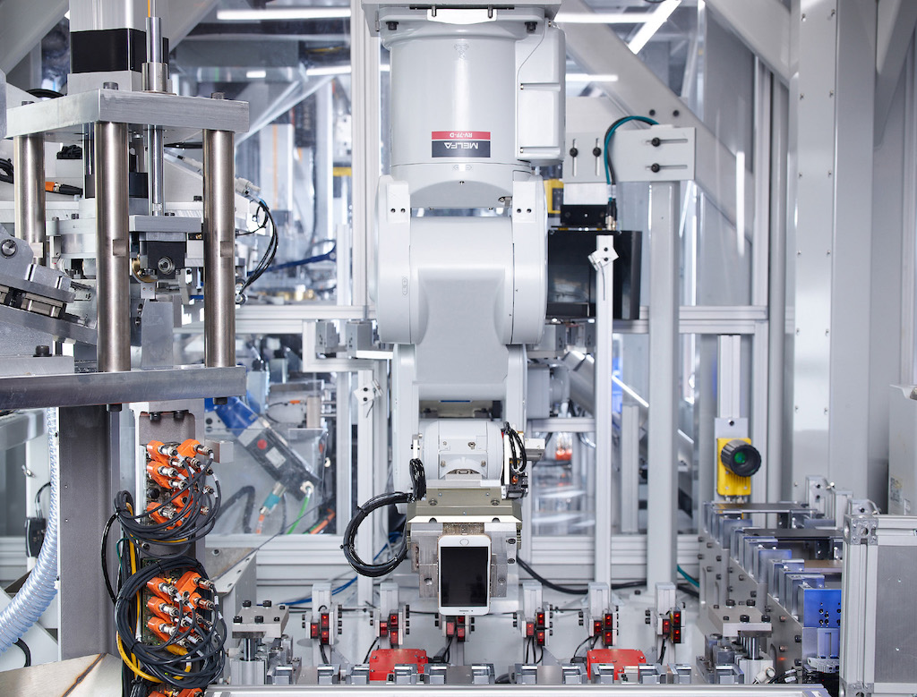 Roboter-Linie zum iPhone-Recycling bei Apple in Betrieb